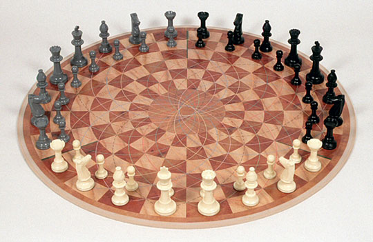 chess-board-round-design-multiplayer